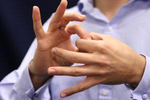 different-options-steps-for-asl-training-deaf-07