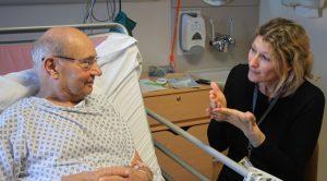 how-be-asl-sign-language-interpreter-for-medical-hospitals-04